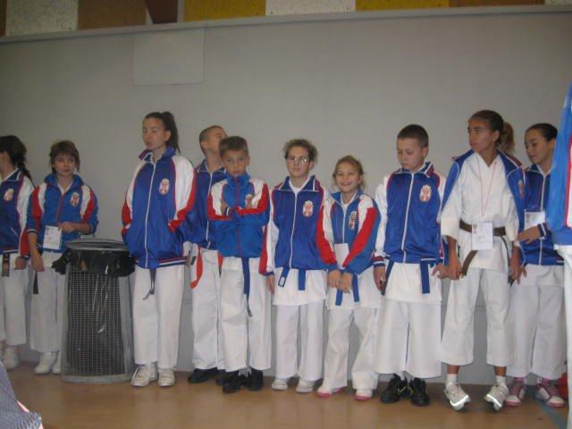 slika karate padobranac