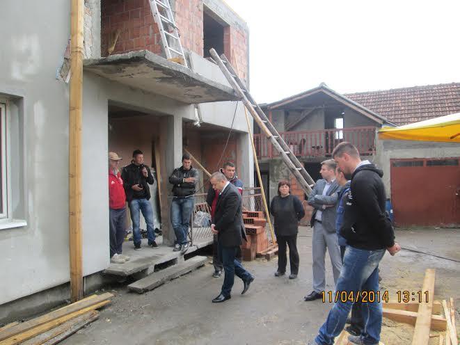 Pomoć porodici Perić nakon požara